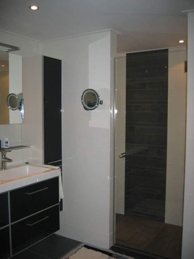 Genoeg Strakke zwart witte badkamer - Tegelcentrum Siddeburen @VE54