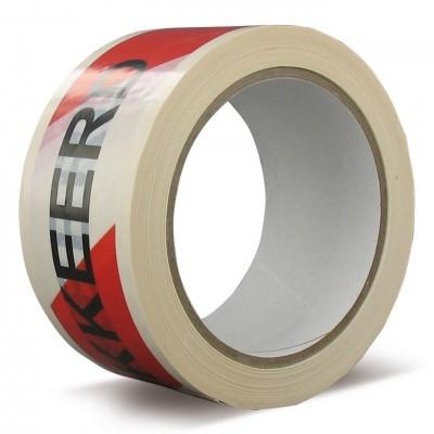 Foto van PVC tape 'GEBLOKKEERD' 50 mm x 66 mtr. wit met zwarte opdruk
