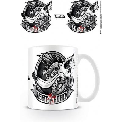 Foto van Crash Bandicoot - Crash Team Racing Race Eat The Road Mug MERCHANDISE