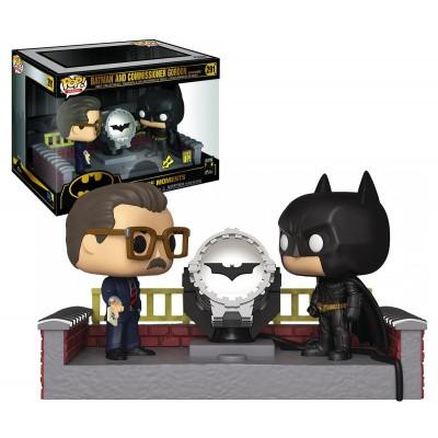 Pop! Heroes: DC Comics Batman 80th - Batman And Commissioner Gordon With Light Up Bat Signal FUNKO