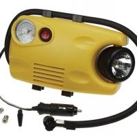 Foto van COMPRESSOR (116 psi) MET MANOMETER EN WERKLAMP (12 V / 3 W)