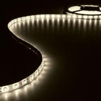 Foto van KIT MET FLEXIBELE LED-STRIP EN VOEDING - WARMWIT - 300 LEDS - 5 m - 12Vdc - ZONDER COATING