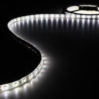 Foto van KIT MET FLEXIBELE LED-STRIP EN VOEDING - KOUDWIT - 300 LEDS - 5 m - 12Vdc - ZONDER COATING