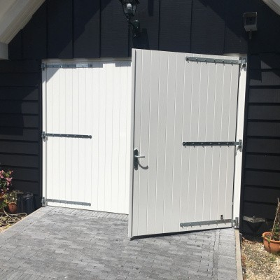 Foto van Garagedeuropener voor openslaande deuren (geruisloos, type knikarm)