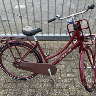 Cortina Transport, rood