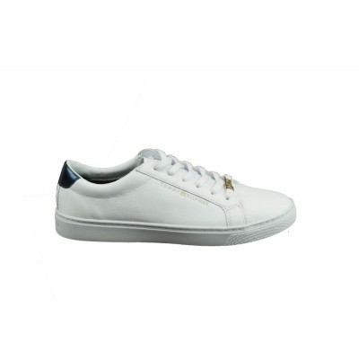 066cbc995a0 34,90 Foto van TOMMY HILFIGER DAMES SNEAKERS WIT ESSENTIAL SNEAKER