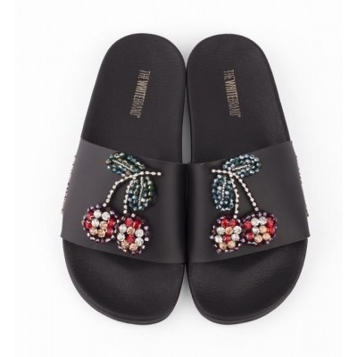 Foto van THE WHITE BRAND CHERRYS BLACK - SLIPPER