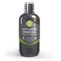 Fuss Free Nat Mondwater arctic charcoal peppermint