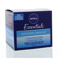 Nivea Essentials nachtcreme normale/gemengde huid