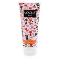 Vogue Douche girl cats
