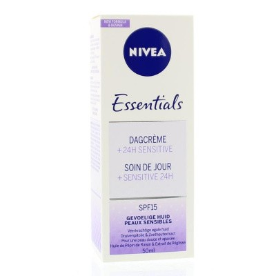 Nivea Essentials dagcreme sensitive SPF15