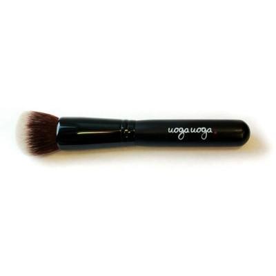 Uoga Uoga Brush 12 foundation