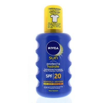 Nivea Sun protect & hydrate zonnespray SPF20
