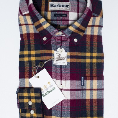 Foto van Barbour Highland Check Red