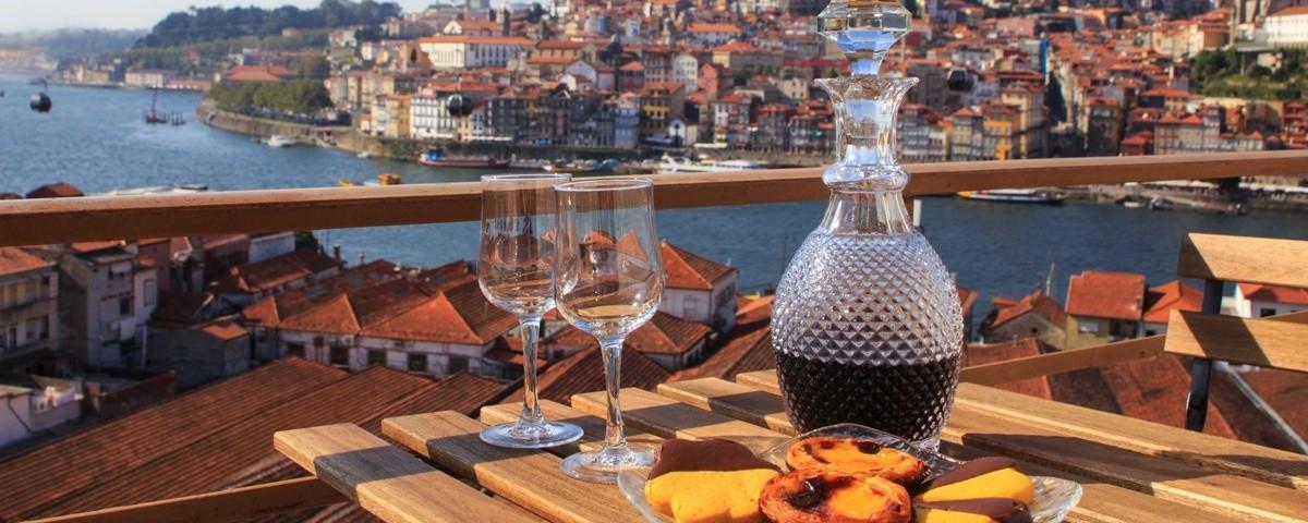 2384353828-portugal-wine.jpg