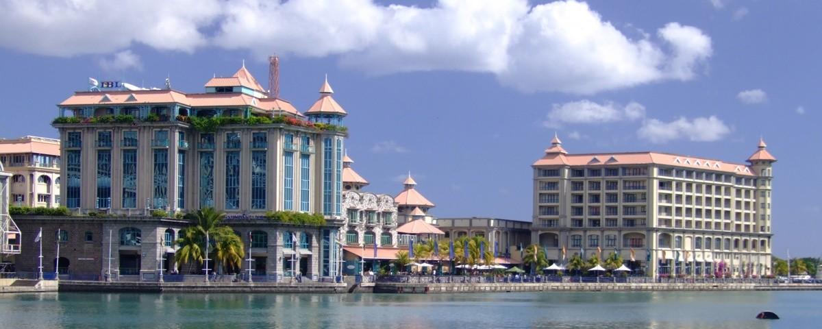 9462187750-mauritius-caudanwaterfront.jpg