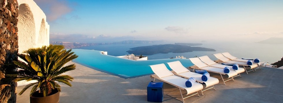 hotel Grace Santorini - swimming pool