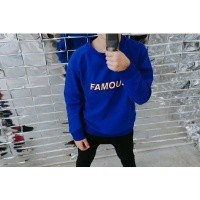Foto van Six hugs & rock n roll zwart - Sweater famous wi18
