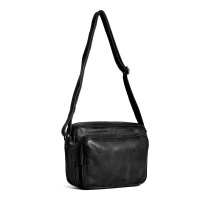 Foto van Sticks and Stones Downtown Bag Black