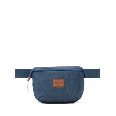 Foto van Herschel Heuptas Fourteen Indigo Denim Crosshatch