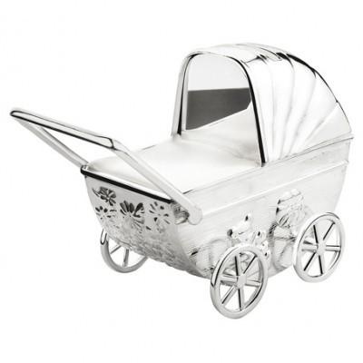 Spaarpot Kinderwagen met graveerplaatje, verzilverd gelakt A6010260