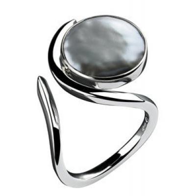 Foto van Zilveren ring van Elisabeth Landeloos R1025