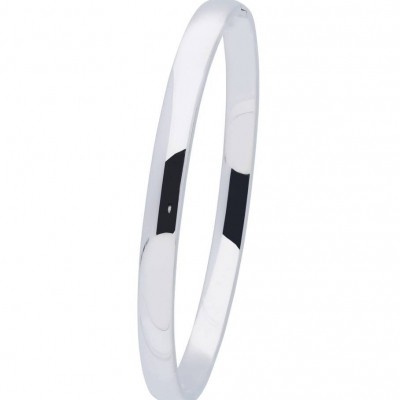 Foto van BEST BASICS ZILVEREN MASSIEVE BANGLE 6 MM - OVAAL 60 MM