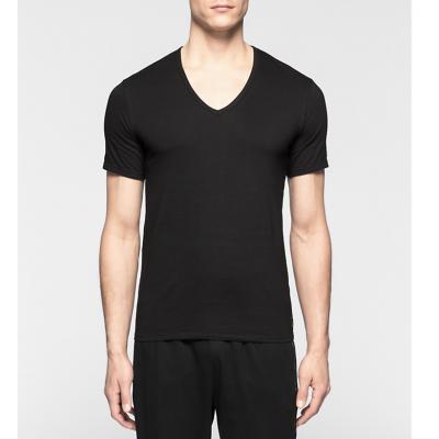 Foto van Calvin Klein U8511A 2 pack t-shirt V hals zwart