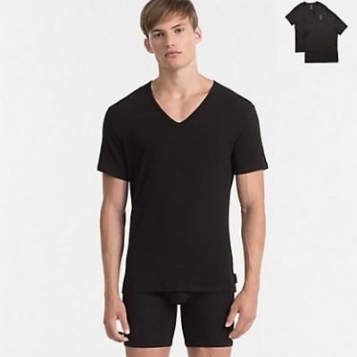 Foto van Calvin Klein NB1089A-100 2 pack V-neck t-shirts zwart
