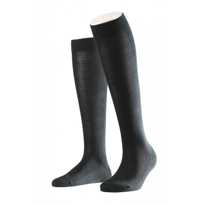 Foto van Falke London Sensitive kniekous 47626 black