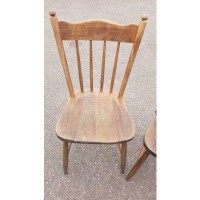 Afbeelding van Houten stoelen