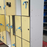 Afbeelding van 10 Lockerkasten van trespa 12 vaks