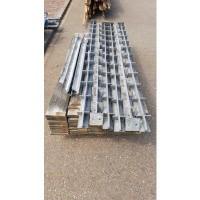 Afbeelding van Zonnescherm metaal met duurzaam gekookt hout