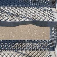 Afbeelding van Gegalvaniseerde trap met staander