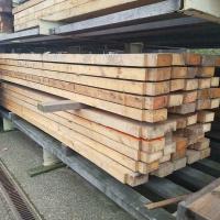 Afbeelding van Grote partij balkhout constructiehout planken