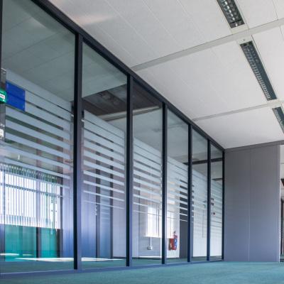 Foto van Glazen kantoorwanden, syseemwanden, puien en deuren merk Brakel