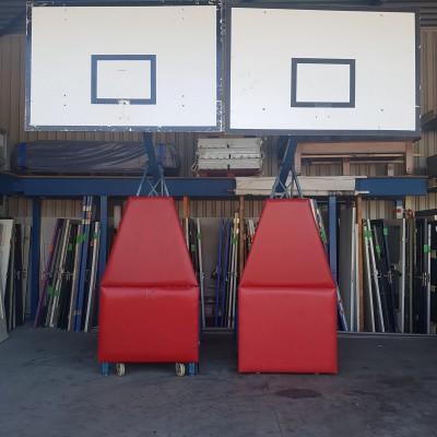 Staande inklapbare basketbaltoren indoor