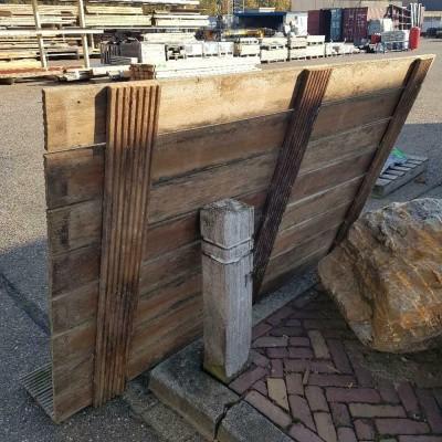 Foto van Vlonder hardhout antislip planken