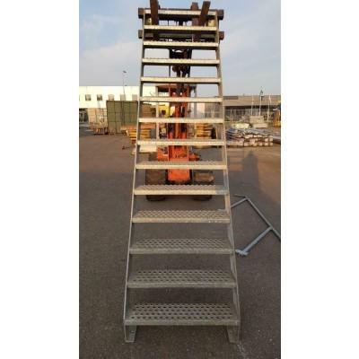 Gegalvaniseerde trap