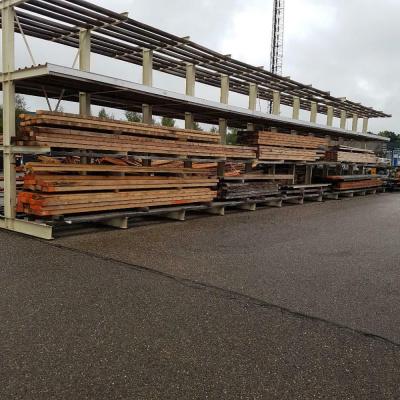 Grote partij balkhout constructiehout planken