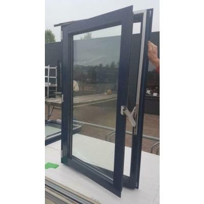 Foto van Aluminium kozijnen ramen met Geze sluitwerk