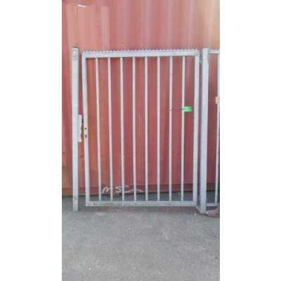Foto van Looppoort toegangspoort spijlen poort