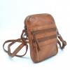 Afbeelding van Bear Design Schoudertasje 'Vikas' CL3701 Cognac