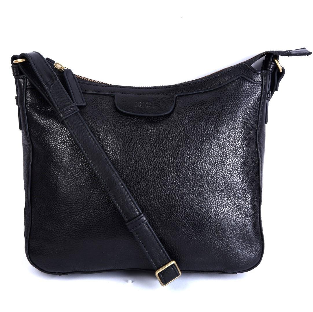 67e1db70cc1 ICCI Zip Bag Medium 62011 Black