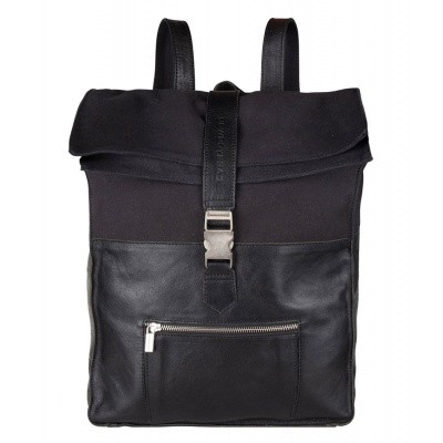 Foto van Cowboysbag Backpack Hunter 15.6 inch Black