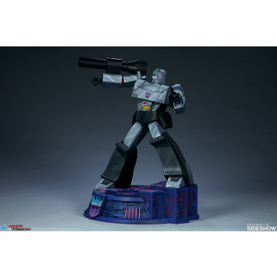 Transformers: Megatron G1 24.5 inch Statue