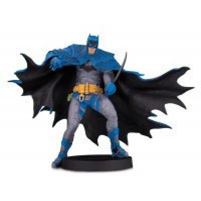 DC Comics: Designer Series - Batman Statue by Rafael Grampa