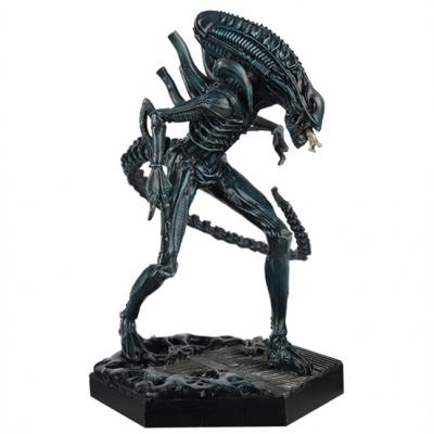 Aliens: Xenomorph Warrior 1:16 Scale Figurine