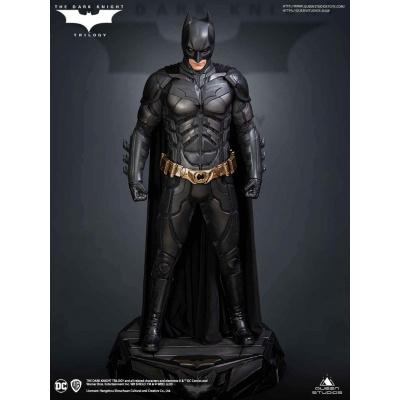 DC Comics: The Dark Knight -Deluxe Batman 1:3 Scale Statue