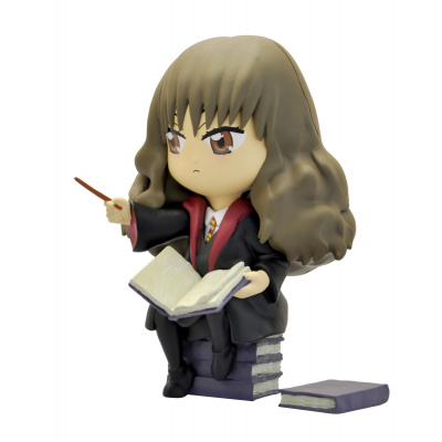 Harry Potter: Hermione Granger Studying a Spell Statue